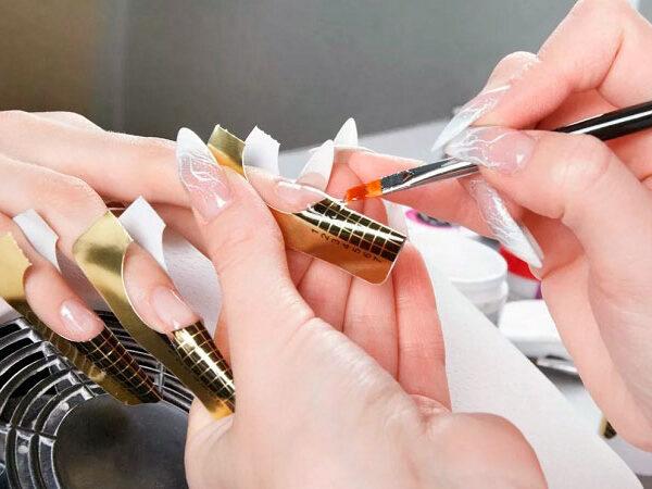 Обучение наращиванию ногтей, маникюру