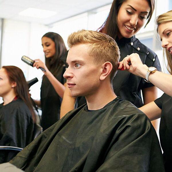 Курсы парикмахера: мужские стрижки